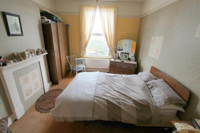 victorian_property_bedroom2